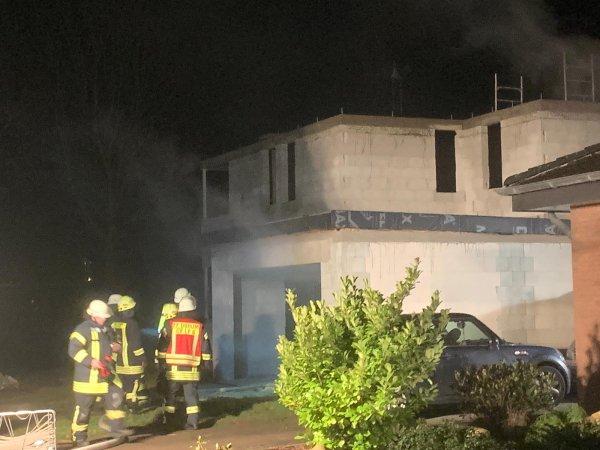 Gebäudebrand – Unklare Rauchentwicklung